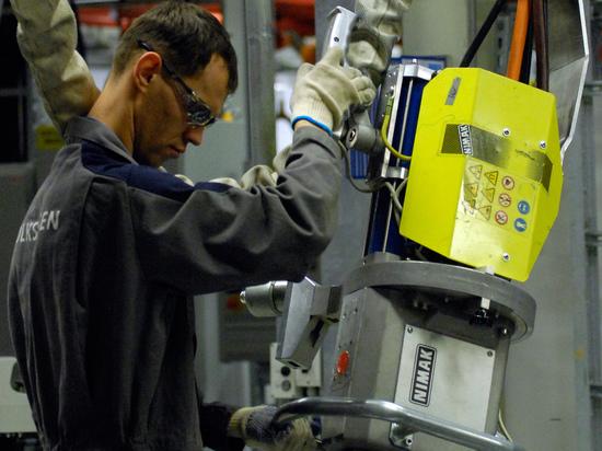 «Следом могут объявить о переходе на 24-часовой трудовой день»