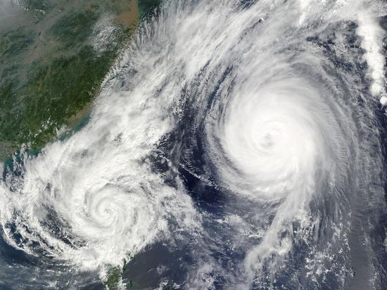 В Японии из-за тайфуна эвакуируют более 290 тысяч человек