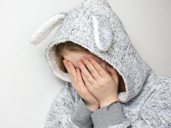 Педофила задержали, а девочку госпитализировали