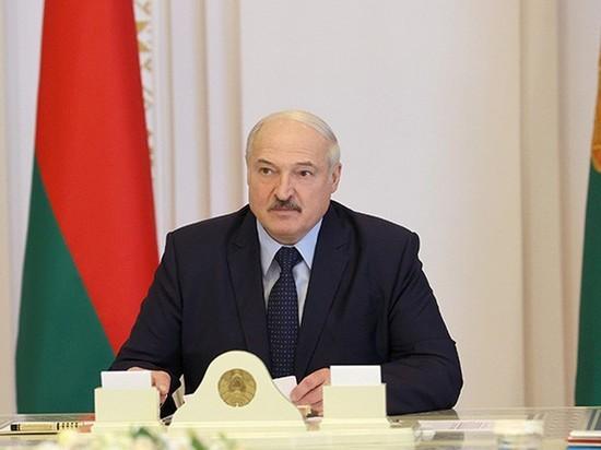 """Лукашенко заявил, что """"очень скоро"""" уйдет с поста президента"""
