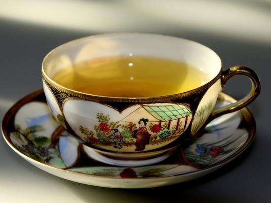Ученые сообщили о пользе зеленого чая в профилактике Альцгеймера