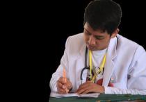 Минздрав Израиля: Некоторые врачи получили гослицензию по шпаргалке