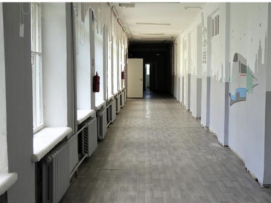 В школе 39 Кирова заканчивают капитальный ремонт