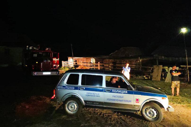 Мобильный пункт управления развернули на пожаре в Волгоградской области, фото-3