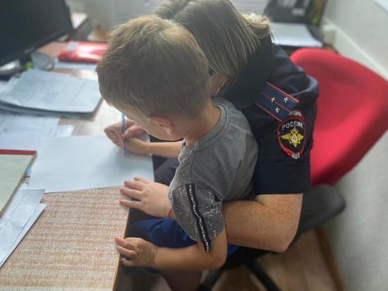 Полицейские рассказали историю спасения потерявшегося ребенка в Приморье