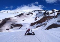 Отпуск на снежных склонах Эльбруса: канатная дорога, прогулка в горах и местная кухня