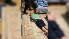 Лицом в пол: появилось видео задержания сбежавших из ИВС Истры