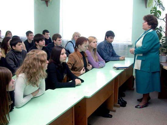 Саратовских учителей принуждают вакцинироваться от коронавируса