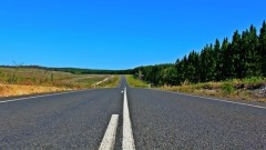 Красноярский блогер почувствовал разницу на границах дорог Красноярского края и Хакасии