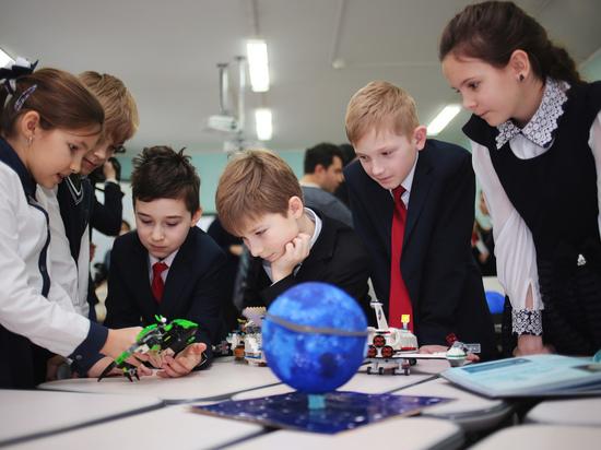 Учебный год в российских школах начнется в обычном режиме