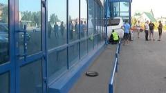 В столице Хакасии водитель заехал в витрину магазина игрушек