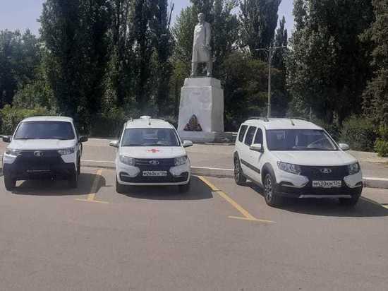 Волгоградские больницы получили еще 5 новых санитарных автомобилей