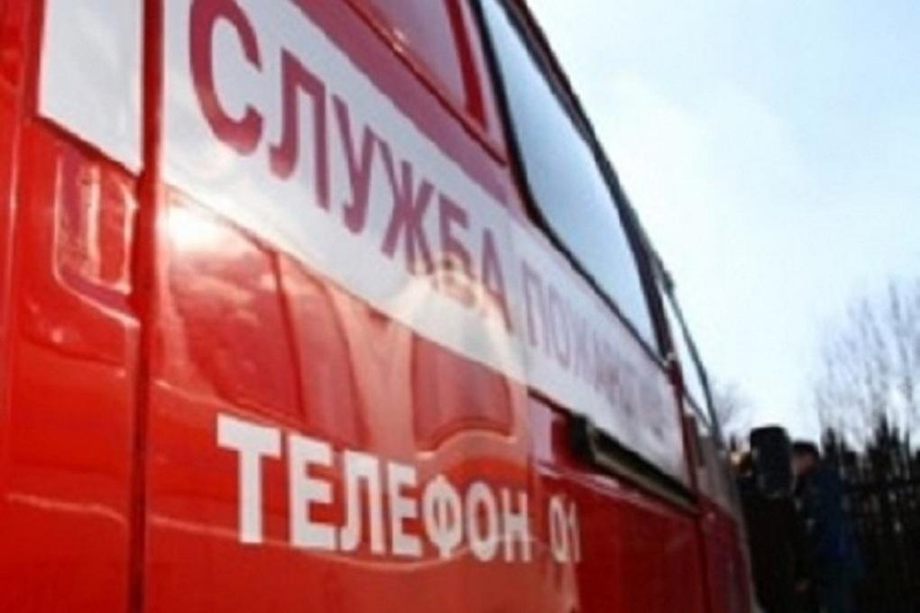Ночной пожар на улице Коммунаров напугал костромичей, но обошелся без тяжких последствий
