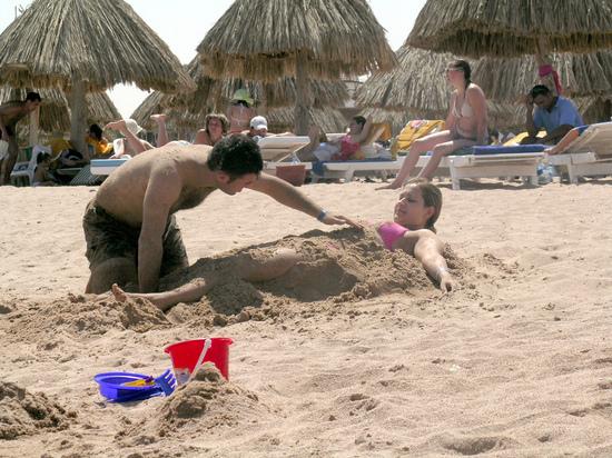 Какую заразу  можно подцепить в теплом песке