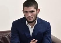 В Москве прошла пресс-конференция экс-чемпиона UFC в легком весе Хабиба Нурмагомедова, на которой непобедимый боец ММА отказался комментировать ситуацию в Афганистане, но рассказал о своей жизни и ближайших планах