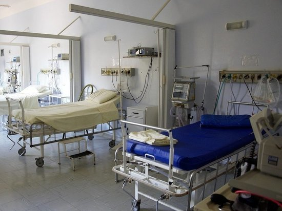 Врач-пульмонолог рассказал, каков риск попадания в реанимацию после вакцинации от коронавируса