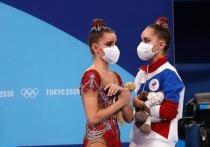 Российские гимнастки Дина и Арина Аверины пока решили продолжать выступление и заявили, что поедут на чемпионат мира в японский Китакюсю, если соревнования состоятся. Ранее сестры, в первую очередь Арина, допускали, что могут завершить карьеру в спорте: «Никакого Парижа. Пока все. Не официально, но все».