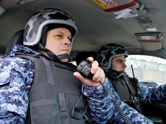 В Севастополе задержали вандала, который надругался над госфлагом