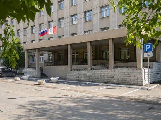 Активистка из Омска призвала разлучённую с дочкой маму отказаться от «ночлежки для бродяг»