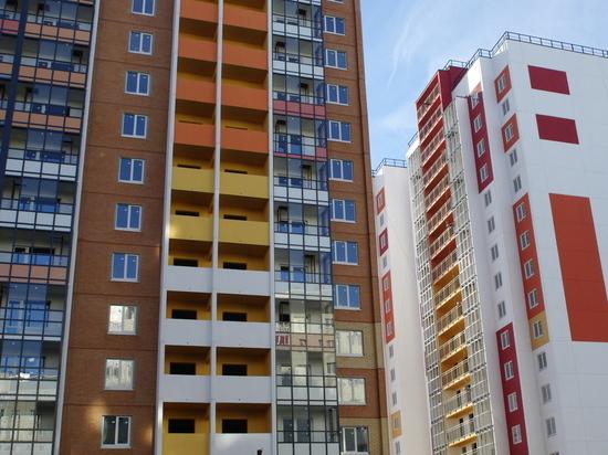 Льготники Петербурга за три года получат 385 новых квартир