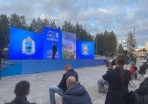 Детсады, новые автобусы и аэропорт: губернатор ЯНАО провел встречу с жителями Ноябрьска