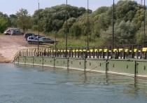 В Калуге понтонный мост закрывают на покраску