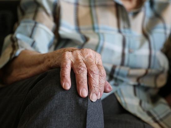 Более 47 тысяч псковских пенсионеров стали получать повышенную пенсию