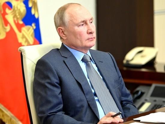 Уволенные Меньшиковым артисты Ермоловского театра решили обратиться к Путину