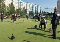 Соревнования по кроссфиту в честь Дня флага России прошли в Ноябрьске