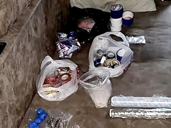 Полный багажник наркотиков: в Крыму задержали крупную торговку смертью