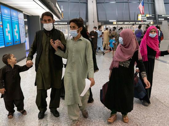 «Имбецилы»: экс-премьер Великобритании разнес уход американцев из Афганистана