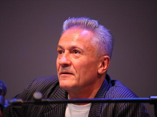 Олег Меньшиков сложил полномочия директора театра Ермоловой