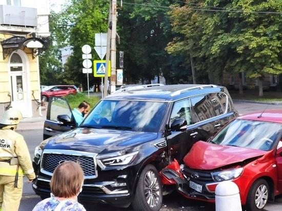 В Курске женщина ранена в ДТП на улице Ленина
