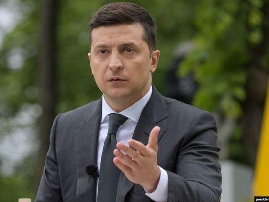 """Зеленский пообещал """"вернуть крымчан в семью"""""""