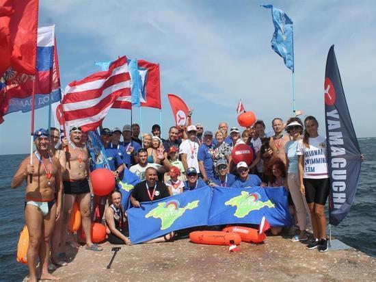 В Севастополе провели километровый заплыв на открытой воде