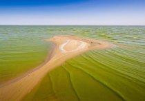 По сообщению ВНИИ ГОЧС, уровень воды в Цимлянском водохранилище упал из-за дефицита осадков