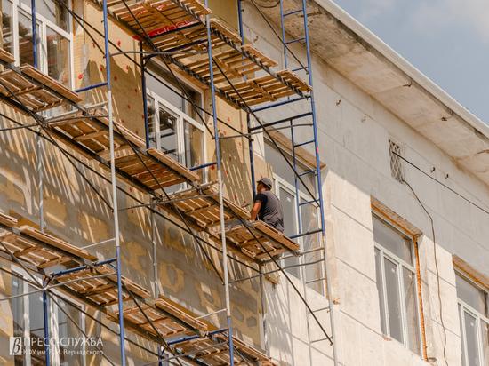 КФУ проведет капремонт трех корпусов в Симферополе