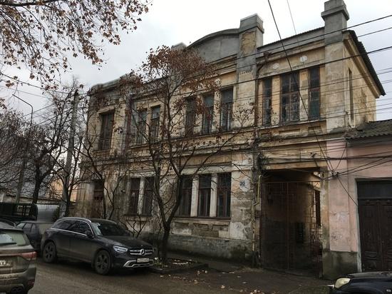 В Крыму пересмотрят список аварийного жилья