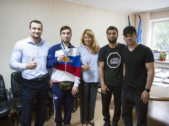 Сахалинец завоевал бронзу на Чемпионате Европы по ММА
