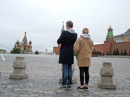 Все больше туристов хотят стать москвичами: так ли это на самом деле