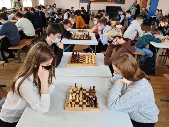 У курских школьников в моде шахматные партии