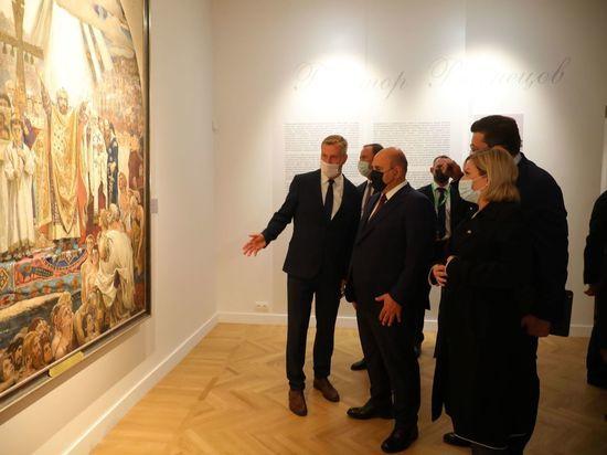 Михаил Мишустин посетил обновленный художественный музей в нижегородском кремле