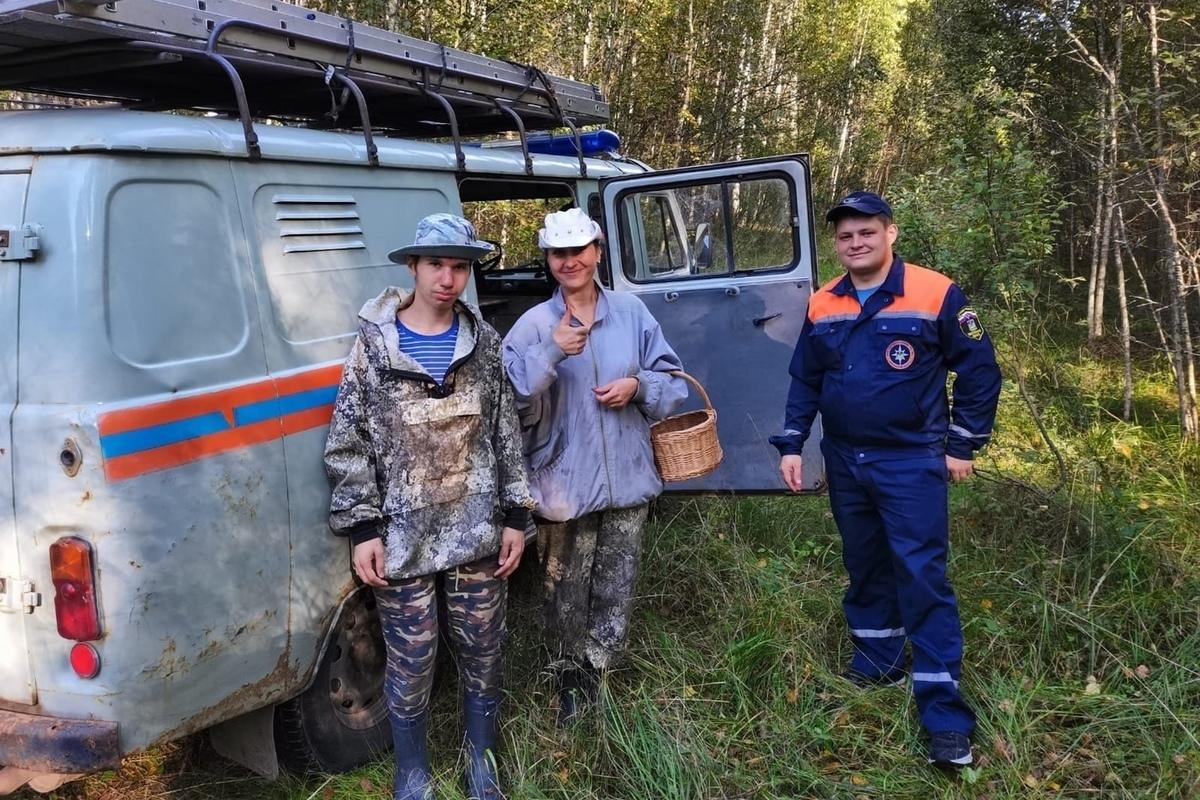 Костромской хэппи-энд: спасатели разыскали заплутавших в лесу грибников за час
