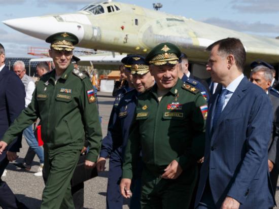 Шойгу в Казани проверил ход строительства стратегических бомбардировщиков