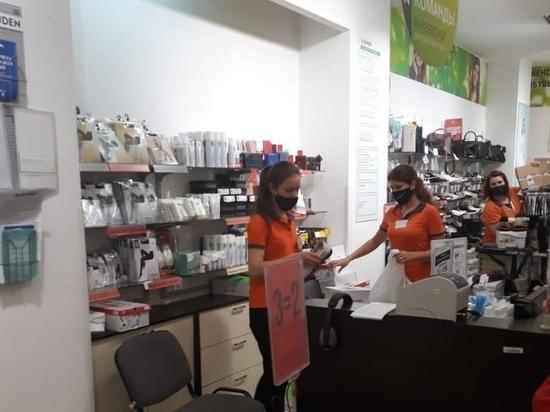 В Курске проверили соблюдение масочного режима в торговом центре
