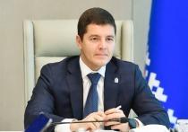 О сотовой связи на дороге Салехард — Надым и обновлении инженерных сетей рассказал на пресс-конференции глава ЯНАО