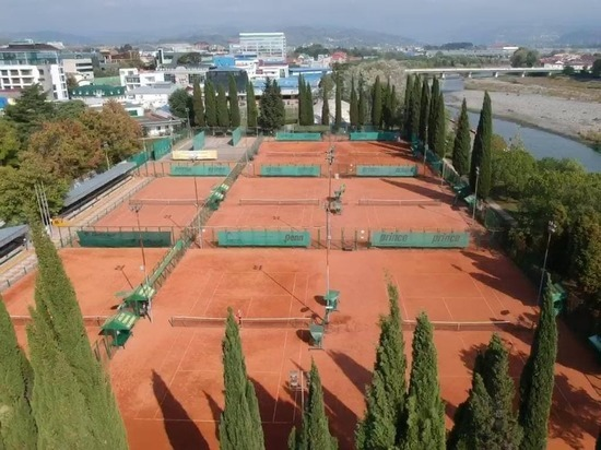 В Адлере планируют реконструировать теннисную Академию