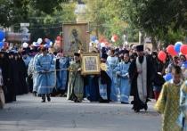 Крестный ход в Калуге закончился молебном о здравии всех жителей