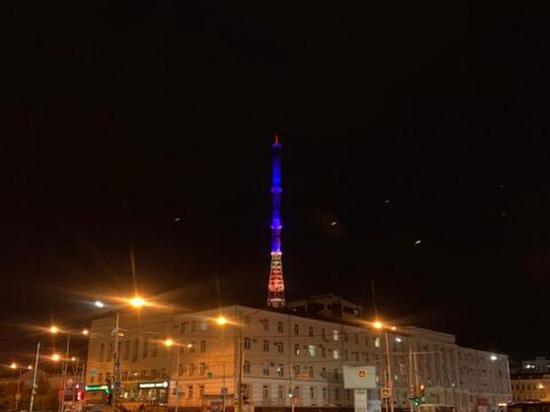 В Якутске сегодня подсвечивают телебашню в честь Томской области