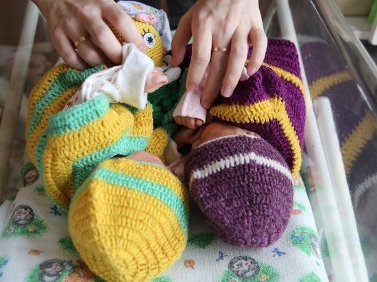 В Волгограде 27 августа родились 10 девочек и 12 мальчиков